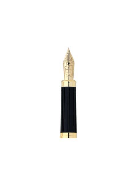 Sección delantera de la pluma estilográfica con plumín mediano de oro macizo de 18 quilates y anillo con plumín dorado de 23 quilates